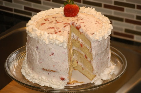Heavenly Strawberry Cake (Grain-Free and Low Carb)