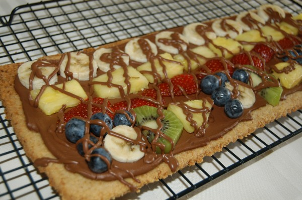 how to make dessert pizza
